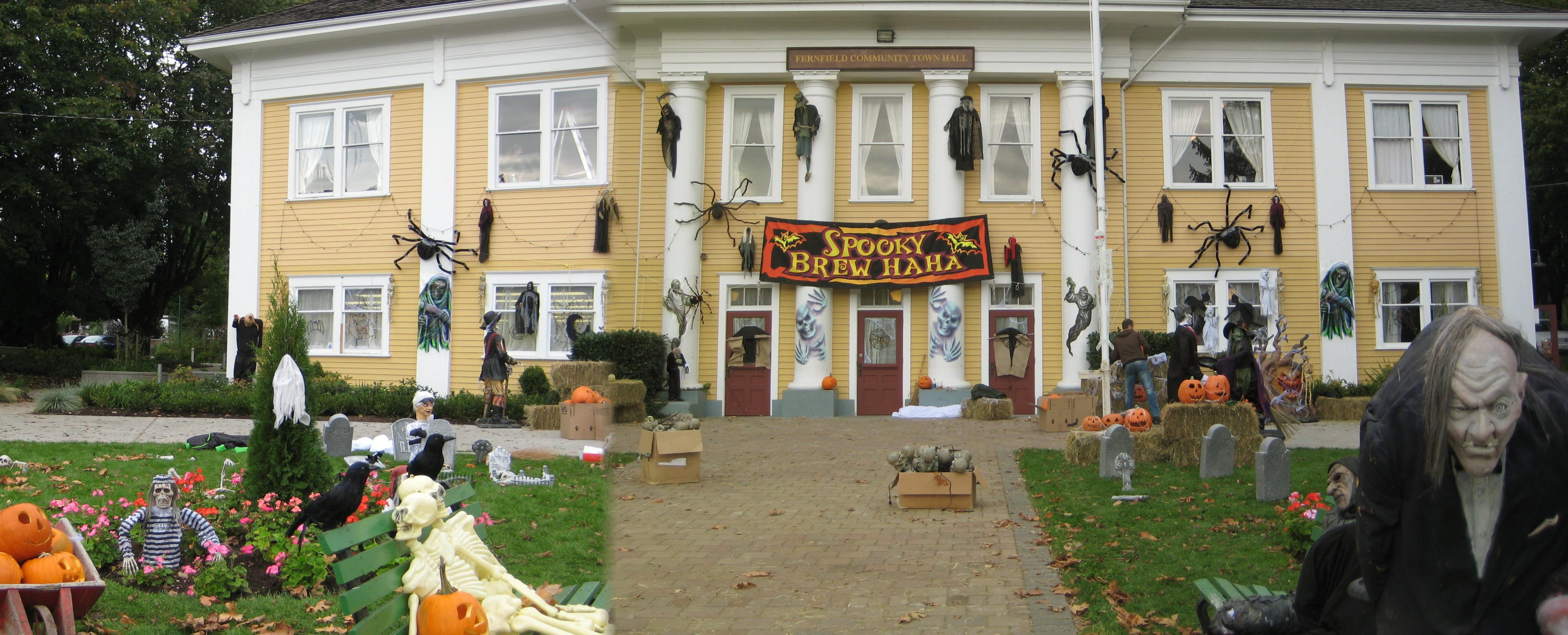halloween steveston village