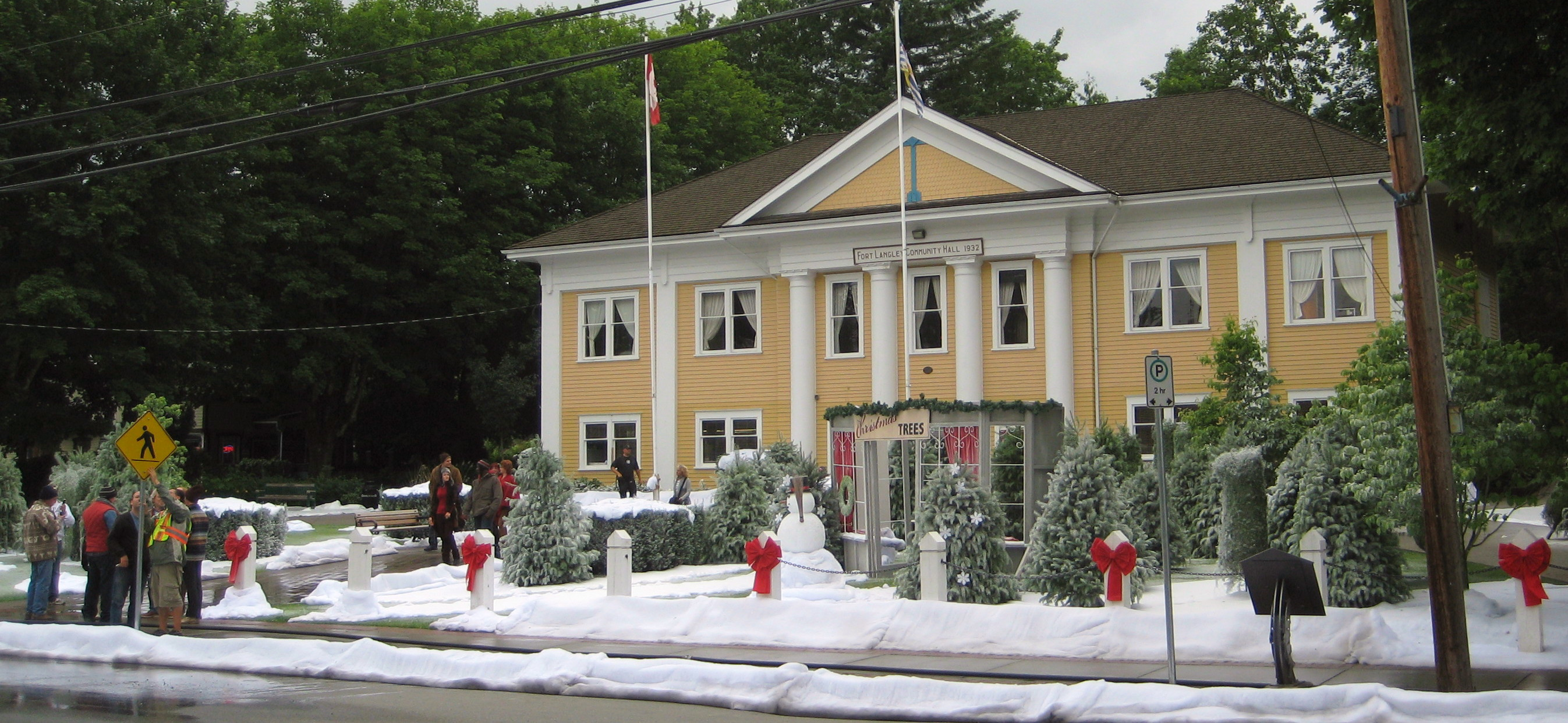 hallmark christmas comes to fort langley community hall - Debbie Macomber Trading Christmas