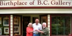 Gallery Owner, Brenda Alberts (left) with Helmut Boehm of Wagner Hills (centre) and Freybe's Casey Smith